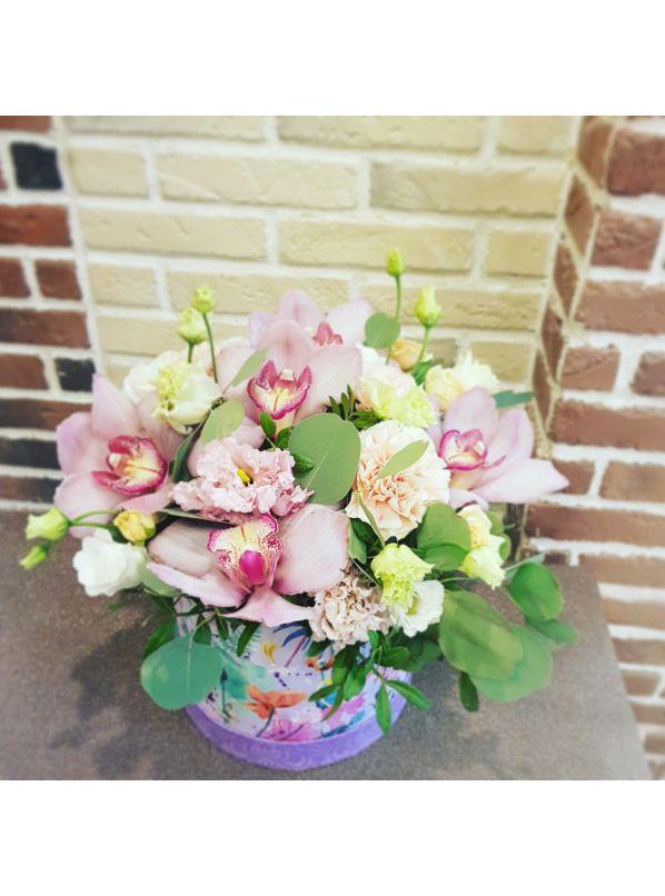 Купить Шляпная коробка с орхидеей Цимбидиум