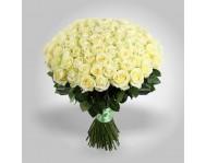 Монобукет из 101 белых роз