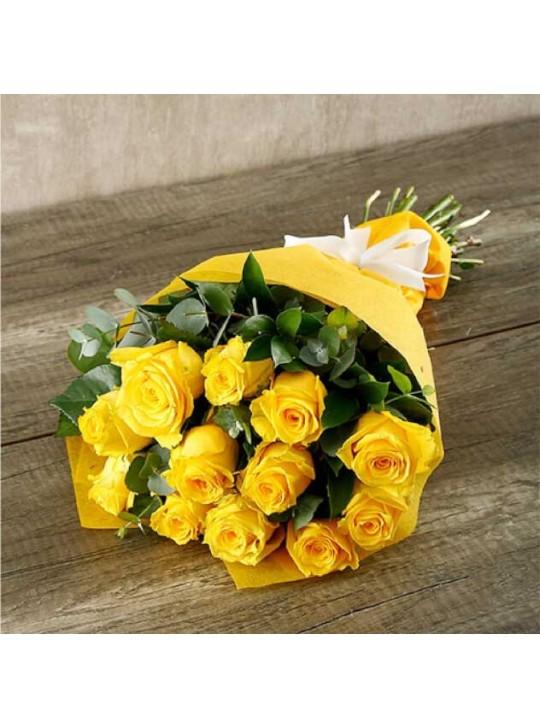 Монобукет из 11-ти желтых роз в крафте