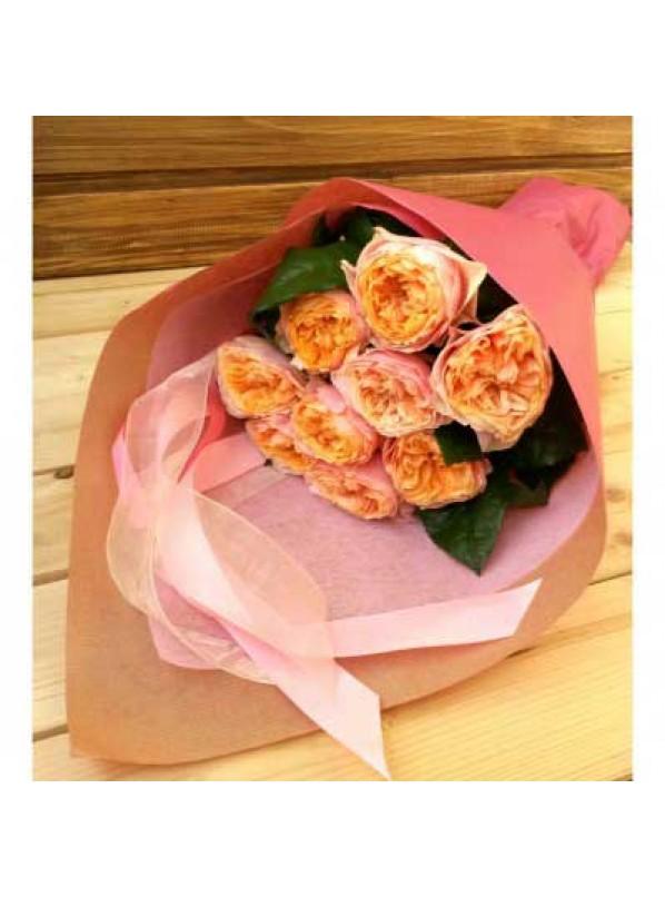 Монобукет из 11-ти роз Кагала в крафте