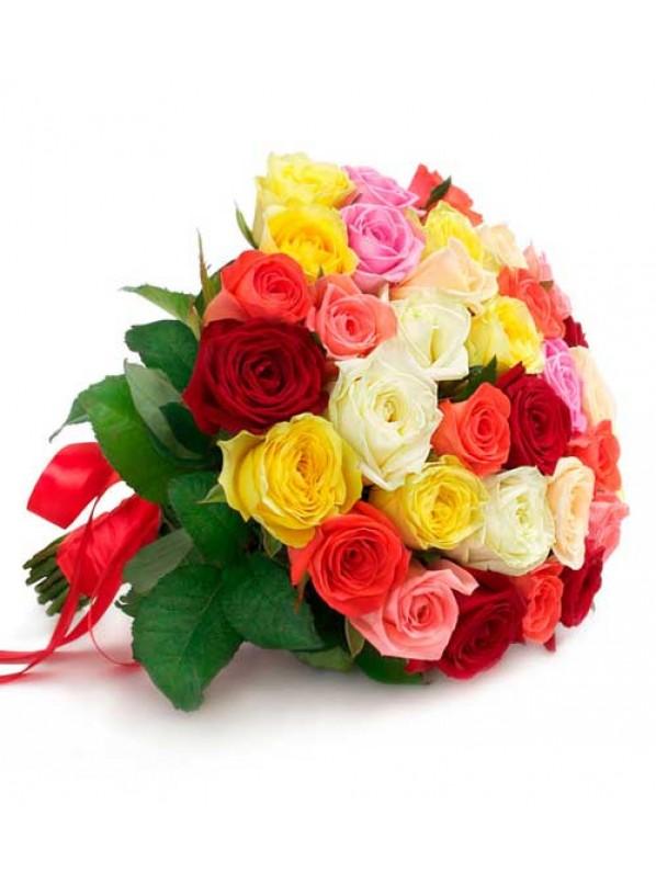 Монобукет из 35 разноцветных роз