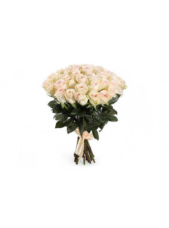 Монобукет из 51 белых роз в крафте