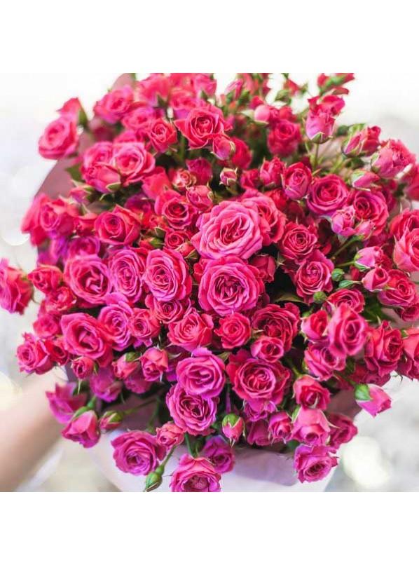 Монобукет из 51 розовых роз в крафте
