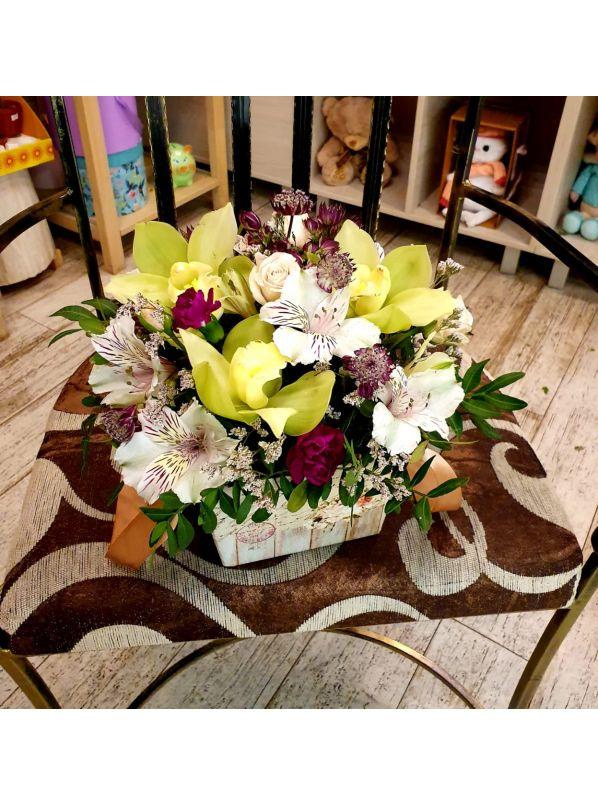 купить корзину с орхидеями